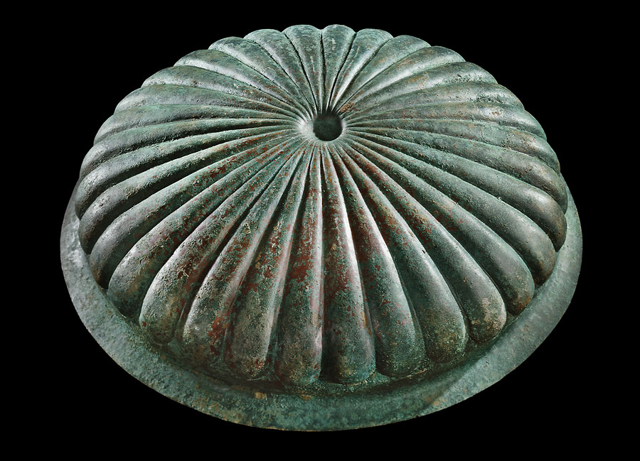bronze-bowl-outside