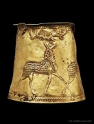 gold-cup-w-stags-b.jpg